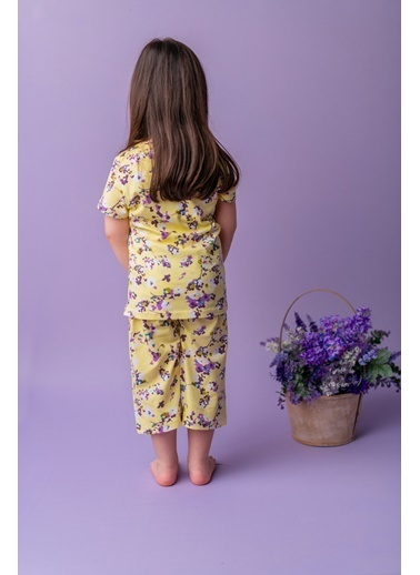 Zeyland Çiçekli Kaprili Pijama Takımı (1-6yaş) Çiçekli Kaprili Pijama Takımı (1-6yaş) Sarı